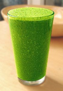 Juice-For- constipation- and- healthy- regular- movements Use maple syrup in place of honey to make this vegan :) Green Protein Smoothie Recipe, Juice Smoothie, Smoothie Drinks, Fruit Smoothies, Detox Drinks, Healthy Smoothies, Healthy Drinks, Coconut Smoothie, Healthy Recipes