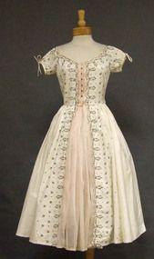 Carlye Cotton & Organdy 1950's Dress w/ Embroidery
