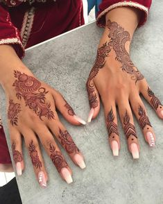 Car Tutorial and Ideas Pretty Henna Designs, Modern Henna Designs, Henna Designs Feet, Finger Henna Designs, Arabic Henna Designs, Mehndi Designs For Fingers, Mehndi Art Designs, Latest Mehndi Designs, Henna Tattoo Designs