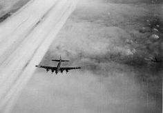 B-17 bomber of US 447th Bomb Group in flight toward Frankfurt, Germany, 20 Mar 1944. (US Air Force photo)