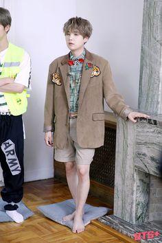 Jimin, Min Yoongi Bts, Min Suga, Foto Bts, Boy Scouts, Mixtape, Rapper, Fanart Bts, Indie