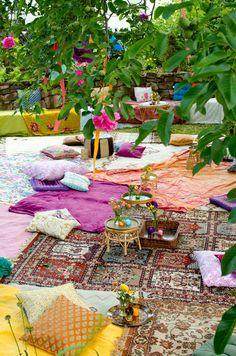 Boho Sommer Hochzeit oder Gartenparty - Superschön mit der Teppich Landschaft im Garten *** Great DIY Boho Wedding or just Gardenparty in your backyard