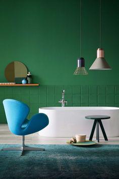 Акриловая ванна: существующие размеры и правила постоянного ухода (120 фото) http://happymodern.ru/akrilovaya-vanna/ Контрастное сочетание белой ванны и интерьера в стиле эклектика