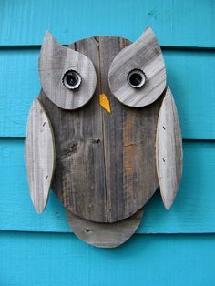 Owl wall hanging made from recycled wood. So cute! Found this on etsy.com