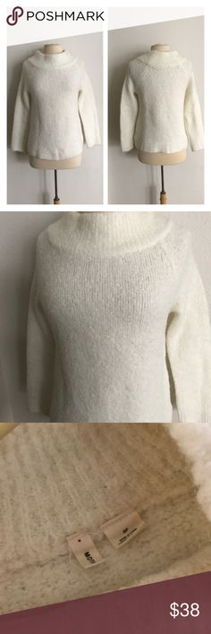 """Moth Boucle sweater Moth Boucle sweater. Size M. Measures 24"""" long with a 36"""" bust. This is extremely soft and warm! Very stretchy. This does have some fuzzies as is common with wool  💲Reasonable offers accepted  ✅Bundle offers Anthropologie Sweaters Cowl & Turtlenecks"""
