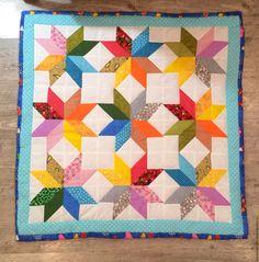 Купить Детское лоскутное одеяло - комбинированный, лоскутное шитье, лоскутное одеяло, лоскутный плед