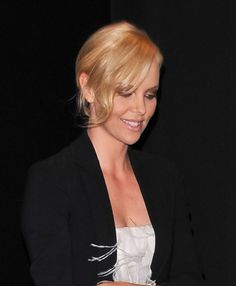 Charlize Therons sexy chignon