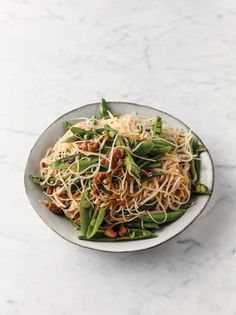 Sweet Sour Chicken Noodles Jamie Oliver Chicken Recipes Jamie Oliver S Sweet Sour Chicken No. Chicken Noodle Recipes, Chicken Noodles, Jamie Oliver 5 Ingredients, Jamie Oliver Chicken, Sweet Sour Chicken, Pasta, Quick Easy Meals, Healthy Recipes, Simple Recipes