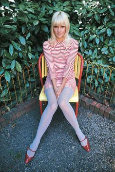 Sylvie Vartan. In love with this picture                              …
