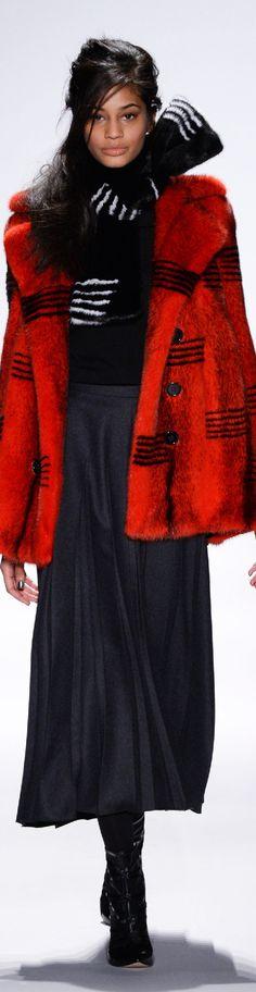 Fall 2015 Ready-to-Wear Carmen Marc Valvo