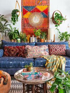 Home Beautiful Decor creating beautiful spaces // bohemian home inspiration | bohemian