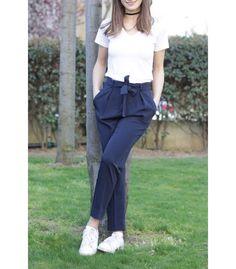 Vanity yüksek bel lacivert havuç pantolon www.itsmoda.com da ! Ücretsiz Kargo, Kapıda Ödeme ve WhatsApp Sipariş İmkanı