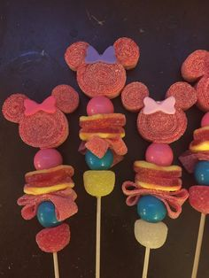 12 candy kabob minnie mouse inspired candy от Chevonscouturesweets