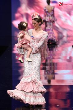Hermanas Serrano Simof 2016 Spanish Dress, Flamenco Dancers, Floral Maxi Dress, Fishtail, Girls Dresses, Daughter, Fancy, Style Inspiration, Models