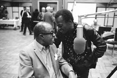 Louis Armstrong House Museum Digitizes Life of an Icon Jazz Artists, Jazz Musicians, Man Of Mystery, Charles Mingus, Cool Jazz, Jazz Club, King Louie, Louis Armstrong, Sweet Pic