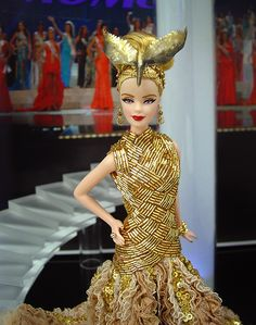 Fashion Dolls ◉◡◉ Beautiful Barbie Dolls, Pretty Dolls, Miss Pageant, Barbie Miss, Ball Skirt, Brown Lip, Barbie Gowns, Barbie Collection, Well Dressed