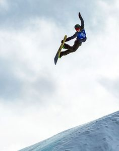 Norway's Stale Sandbech flies through the air during the men's snowboard slopestyle finals on the third day of the Aspen 2016 X Games in Aspen Stale Sandbech, Big Garden Birdwatch, Snowboarding Men, X Games, Extreme Sports, Pose Reference, Ice Skating, The Good Place, Skiing