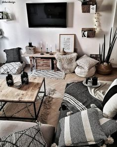 96 Amazing Rustic Apartment Living Room Design Ideas – How to Create A Rustic Living Room Decor Interior Design Living Room, Living Room Designs, Living Room Decorating Ideas, Hone Decor Ideas, Decor Home Living Room, Living Room Decor Colors, Small Living Room Design, Interior Livingroom, Small Living Rooms