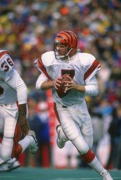Boomer Esiason throws five touchdowns for the second time in his career as the Cincinnati Bengals score 56 points against the Buccaneers. (Getty Images)