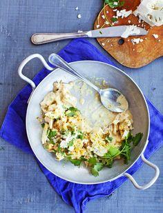 Kukkakaalista ja kaupan grillibroilerista syntyy maailman nopein curry. Nopea ruoka pitää kiireisen keittäjän tyytyväisenä.