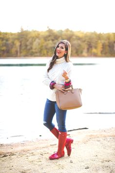My favorite item:  boots Red plaid flannel 'I love a good plaid flannel for fall and winter. It's a staple that can always be worn, no matter what year it is. I have a habit of collecting my flannels, and I even have some from five years ago! They are always in style!' -A Southern Drawl Steal her style with these Hunter original boots!  via @AOL_Lifestyle Read more…