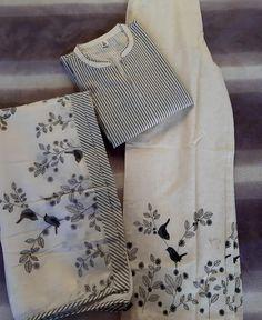 Kurta - Cream Stripe Pure Linen Kurta with Palazzo–Liinara Simple Kurti Designs, Salwar Designs, Dress Neck Designs, Designs For Dresses, Indian Designer Outfits, Designer Dresses, Fancy Kurti, Kurta Palazzo, Saree Blouse Patterns