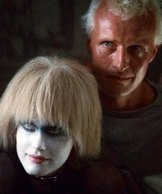 Blade Runner is a 1982 American dystopian science fiction action film directed by Ridley Scott and starring Harrison Ford, Rutger Hauer, and Sean Young. Daryl Hannah, Tv Movie, Sci Fi Movies, Fiction Film, Science Fiction, Nono Le Petit Robot, Cyberpunk, Rutger Hauer, Blade Runner 2049