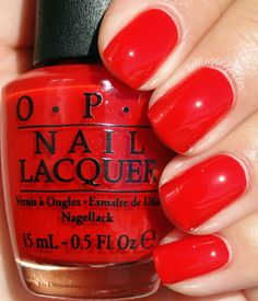 OPI Fashion A Bow // kelliegonzo.com