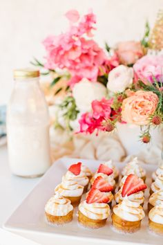 3 Ingredients You Need for the Prettiest Ever Mother's Day Brunch