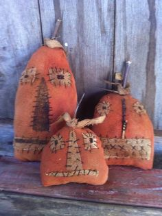 Primitive gathering of Grungy GRubby pumpkins Extreme prim cupboard tuck dolls #NaivePrimitive