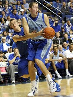 Don't even act like this isn't the funniest thing you've ever seen. The look on Wiltjer's face is priceless!