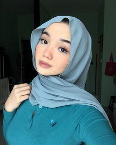 Hijab Chic, Girl Hijab, Muslim Women, Beautiful Asian Girls, Hijab Fashion, Asian Beauty, Sd, Allah, Goals