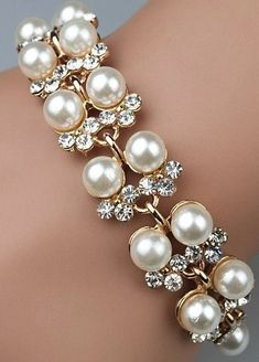 2014 (Mix order)Beautiful Gril's Fashion Rhinestone With Pearl Bracelet Jewelry Chanel Jewelry, Bling Jewelry, Pearl Jewelry, Wedding Jewelry, Jewelry Accessories, Fashion Accessories, Fashion Jewelry, Jewelry 2014, Pearl Rings