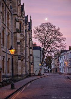 Sunrise at Holywell Street, Oxford