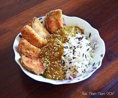 Katsu curry on japanilainen curryruoka, johon perinteisesti kuuluu rasvassa  paistettu rapeakuorinen lisäke sekä currykastike. Tämä vegaaninen katsu  curry syntyy helposti. Rapea munakoiso yhdessä mausteisen kastikkeen kanssa  luo ihanan japanilaisen tunnelman arki-iltaan.Kokeile ja ylläty! Rese