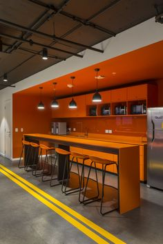 Office Design Commercial Industrial - commercial office interior o Industrial Office Design, Modern Office Design, Workplace Design, Office Interior Design, Office Interiors, Corporate Office Design, Office Designs, Industrial Table, Office Break Room