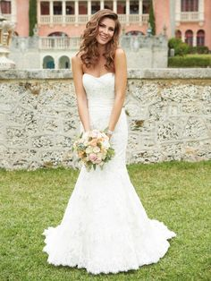 Sleeveless Sweetheart  Wedding Dress