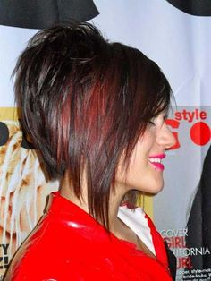 Looking for stacked bob hairstyles? Find stacked bob hairstyles pictures for graduated, fine hair, long hair, and layered hairstyles. Stacked Bob Hairstyles, 2015 Hairstyles, Short Hairstyles For Women, Thin Hairstyles, Wedding Hairstyles, Hairstyles Pictures, Formal Hairstyles, Short Hair Cuts, Short Hair Styles