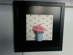 Decoupage e flores de tecido para alegrar minha cozinha.