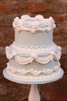 Lambeth Cake | Craftsy
