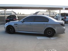 2006 BMW M5 V10 Engine, Head Up Display, Blue Books, Car Manufacturers, Rear Seat, Bmw M5, Dream Cars, Edm, German