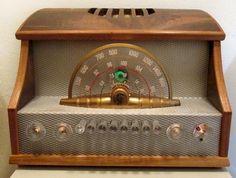 1948 Sparton 1003 AM/FM Radio   https://www.pinterest.com/0bvuc9ca1gm03at/