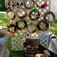 Craft show wreath display. Would be perfect for my mom's wreaths!