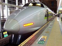 CCB  Hinos cantados com imagens de trens de alta velocidade