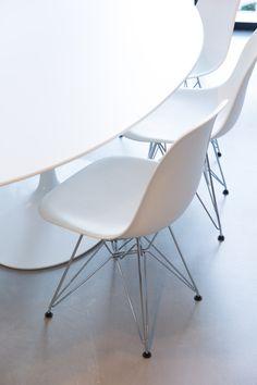 Master meubel design meubelen en interieur inrichting design klassiekers pinterest - Eames meubels ...