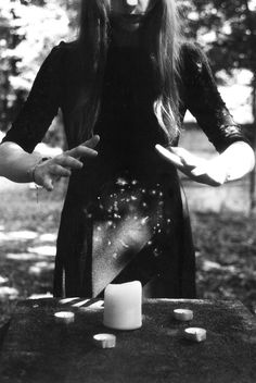 casting spells // LILI CLASPE