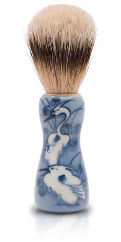 Qusavi, shaving brush/ stem: Arita porcelain, brush: Kumano brush シェービング筆[貴祥窯×竹宝堂] - 有田焼と熊野筆:::楔-qusavi