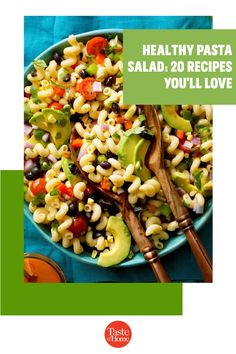 Packed with fresh produce and seasonal flavors, these healthy pasta salad recipes are a delicious addition to your menu. Yummy Pasta Recipes, Potluck Recipes, Pasta Salad Recipes, Healthy Pasta Salad, Healthy Pastas, Potluck Salad, Macaroni Salad, Le Diner, Cucumber Salad