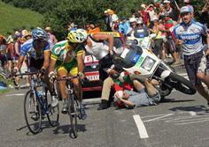 MarchasyRutas  Los accidentes de moto siempre existieron en el ciclismo