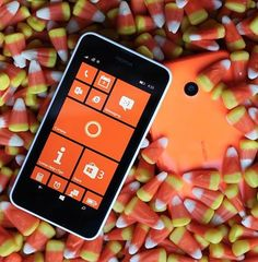 Fall into a #morecolorful October with Lumia